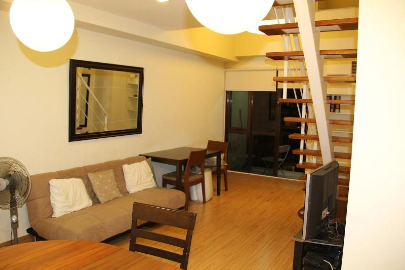 Grand Soho Makati Condo w/ WIFI & Cable TV - NEW! - Image 1 - Makati - rentals