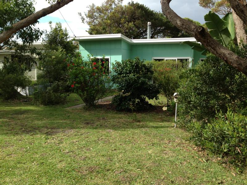 Front of house from street - 1960's Currarong Beach Cottage - Currarong - rentals