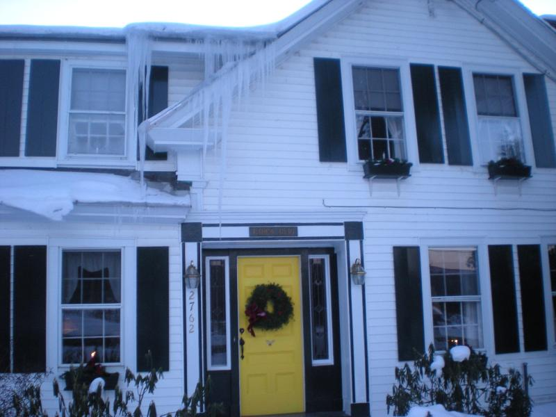 Front Door - Fabulous Vermont Country Home, Former B&B - Londonderry - rentals