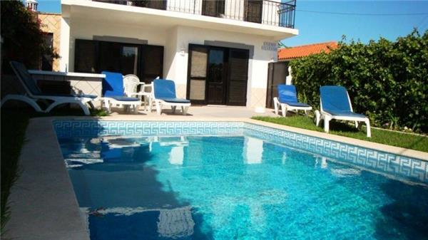 Holiday house for 6 persons, with swimming pool , in Olhos de Água - Image 1 - Albufeira - rentals