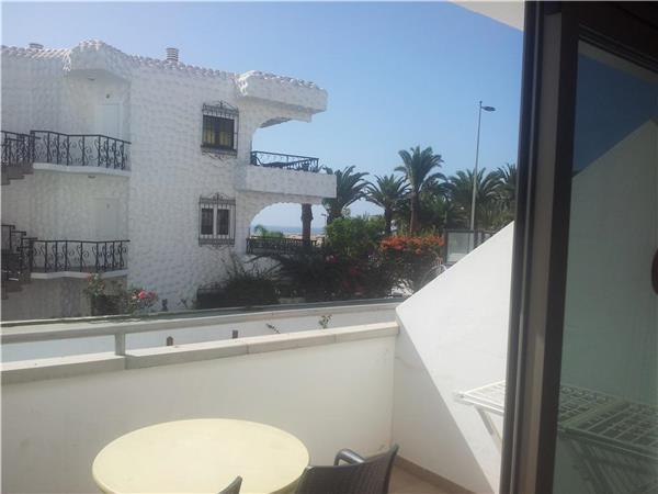Apartment for 3 persons, with swimming pool , near the beach in Playa del Ingles - Image 1 - Playa del Ingles - rentals