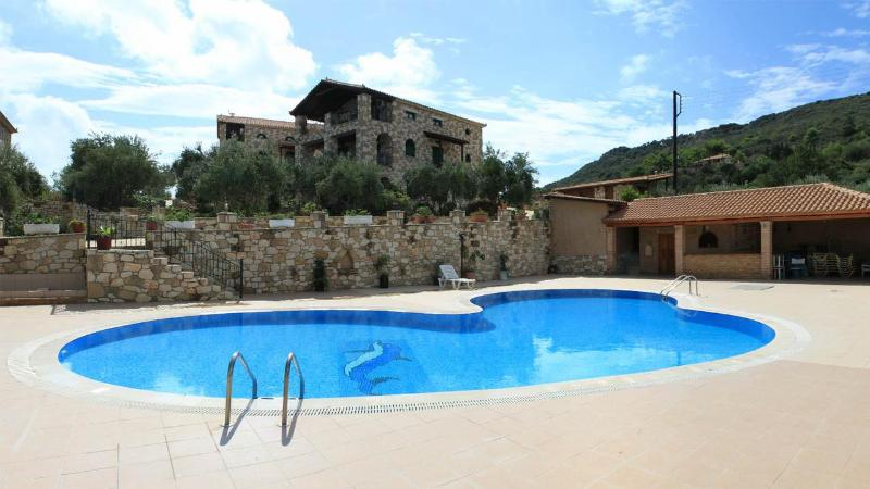 Joannas Villas - Joannas Villas, stone build villa with shared swimming pool in Vasilikos. - Zakynthos - rentals