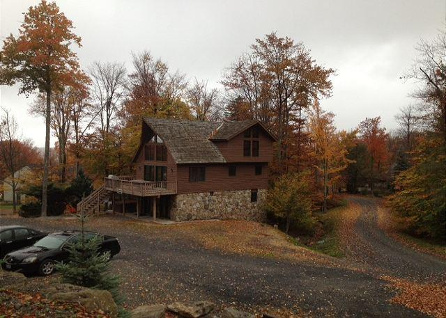 Walk to Salamander from this newly remodeled chalet. - Image 1 - Davis - rentals