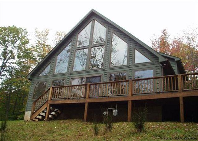 Marvelous pet-friendly mountain home offers completely comfortable privacy! - Image 1 - Davis - rentals