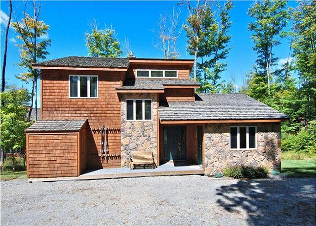 Beautiful single family home is perfectly located for hikers, bikers & skiers - Image 1 - Davis - rentals