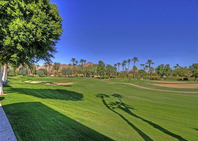 Golf Course - 2 bedroom, 2 bath condo with picturesque La Quinta views - La Quinta - rentals