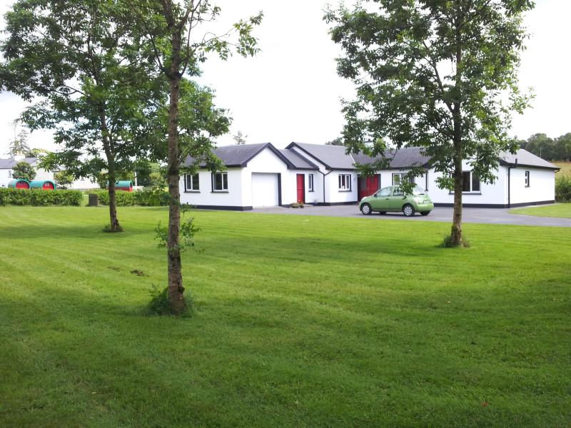 Cartron Lodge Front view - Cartron Lodge - Northern Ireland - rentals