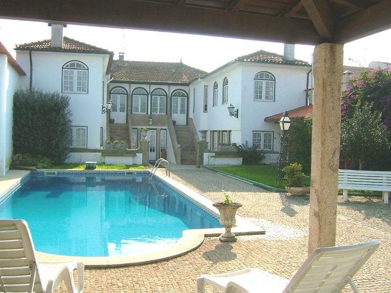 Comfortable 6bd Manor House,central & peaceful - Image 1 - Barcelos - rentals