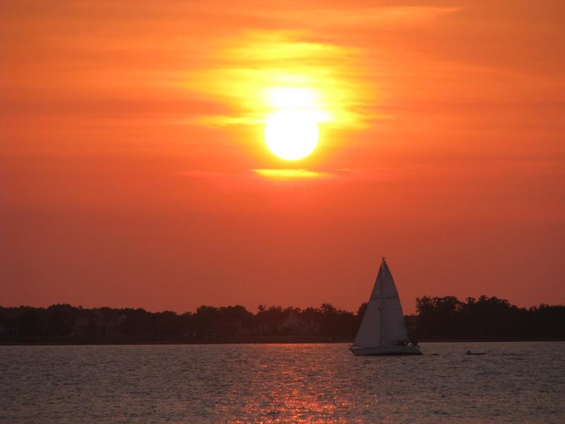 Sunset on the Miles River directly across from historic St. Michaels - 2 Bedroom Unique Private Waterfront Escape - Easton - rentals