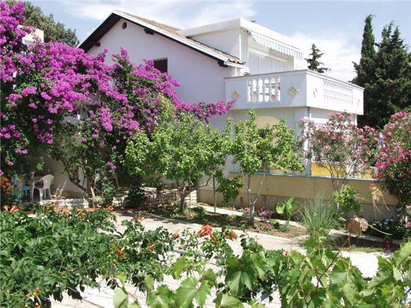 Apartment for 2 persons near the beach in Pag - Image 1 - Mandre - rentals