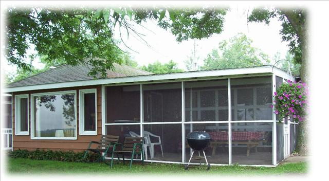 Cabin 1 ~Lakefront 2 bedroom screened in patio - Image 1 - Hines - rentals