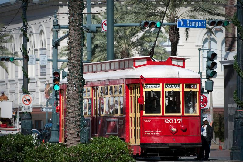 BOOK ONLINE! Steps to Canal, Bourbon and French Quarter! Pool! Stay Alfred MA2 - Image 1 - New Orleans - rentals