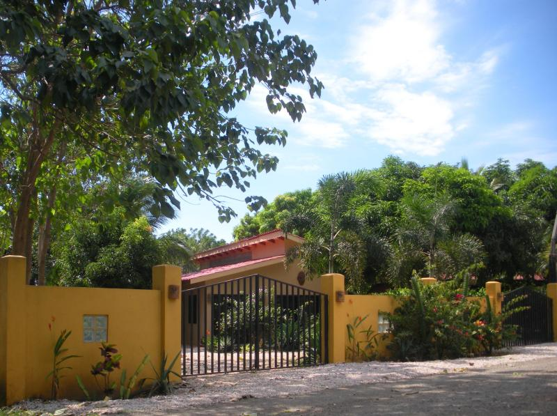 View of the front of the house. - Casa de Mañana - BEST DEAL IN TOWN!!! - Playa Junquillal - rentals