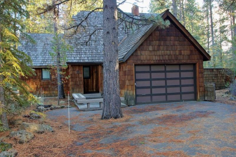 Conifer Lane -  Lovely Woodland Setting - Image 1 - Sunriver - rentals