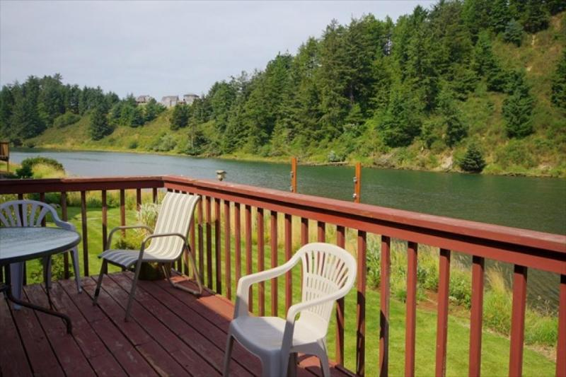 Nestucca Shores Vacation Rental - Image 1 - Pacific City - rentals