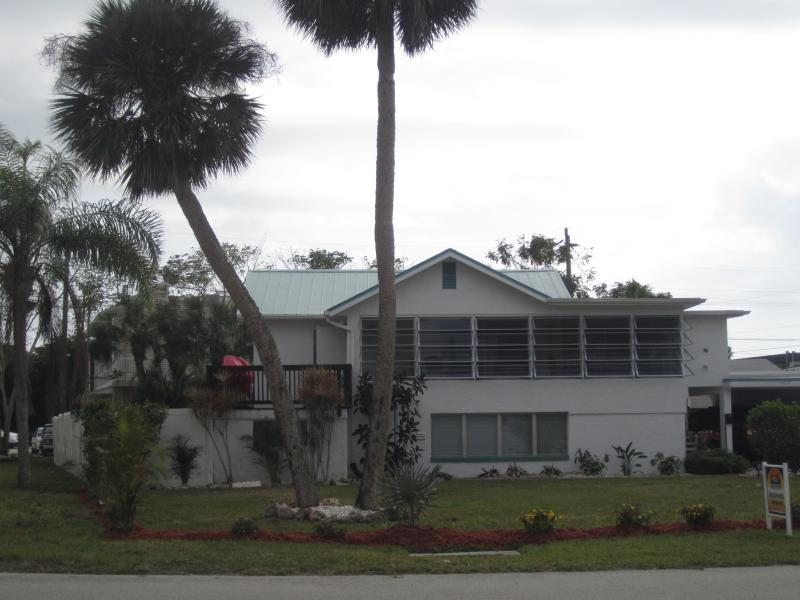 Front View - Bay view  home with pool; North Island - Fort Myers Beach - rentals
