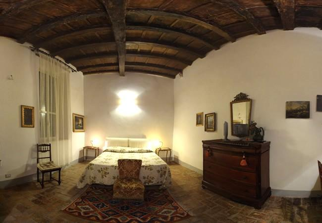 Large bedroom with king size bed - Suite Navona in the Historical Center of Rome - Rome - rentals