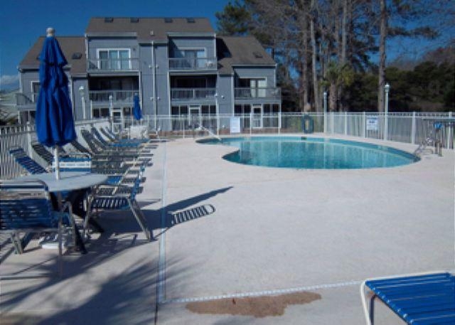 Great Pool and grilling area - Golf Colony Resort Come Away to this Tranquil Condo ! 39C - Surfside Beach - rentals