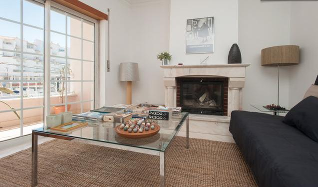 Spacious living room to relax after a day at the beach - Beach Apartment - Estoril - rentals