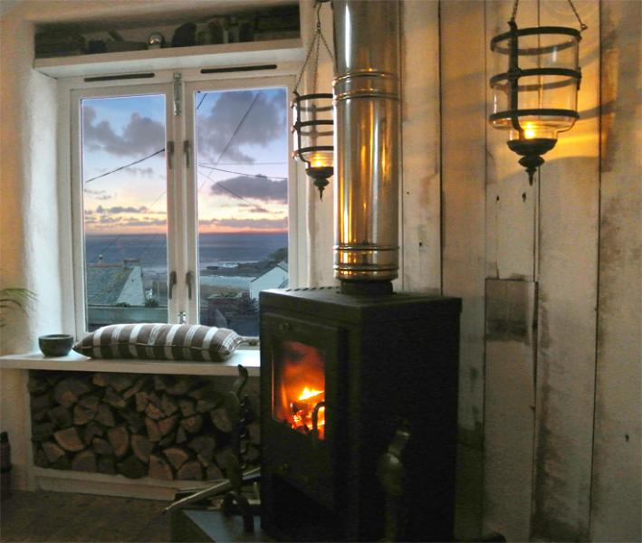 Sea view from living room - The Old Stores, Porthleven - Porthleven - rentals