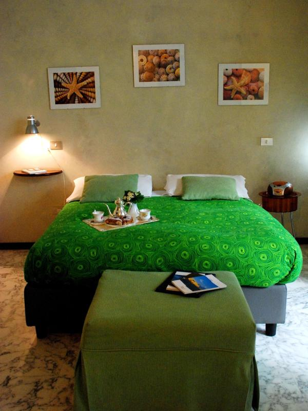 Cozy quiet studio in  city centre wifi 1-4 persons - Image 1 - Naples - rentals