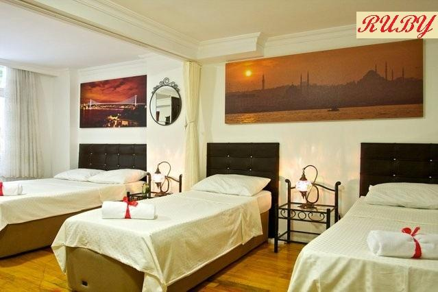 Large bedroom which can acommodate up to 8 people - A RUBY ON THE BEST STREET OF TAKSIM BEYOGLU - Istanbul - rentals