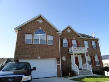 Main Exterior with Shared driveway - Stunning and Spacious home close to Washington DC - Fort Washington - rentals