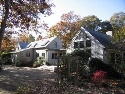 #1241 Expansive contemporary home on Mink Meadows - Image 1 - Vineyard Haven - rentals
