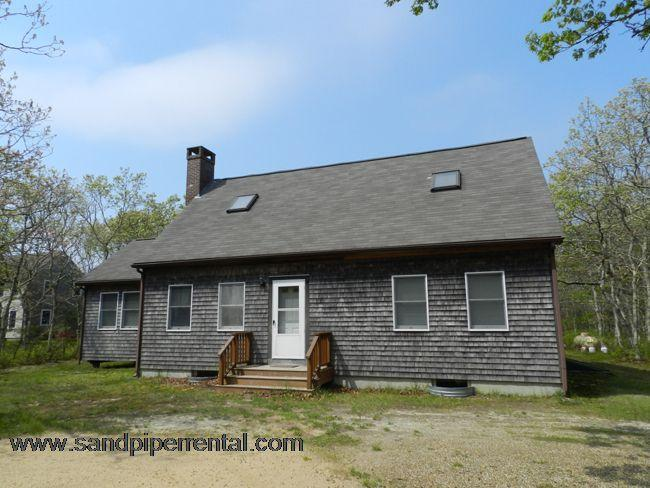 #723 Lovely large deck perfect for barbeques & entertaining - Image 1 - Edgartown - rentals