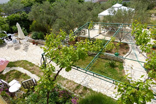 Garden - Beautiful Island Rab, near the sea for 4 - 5 - Rab - rentals