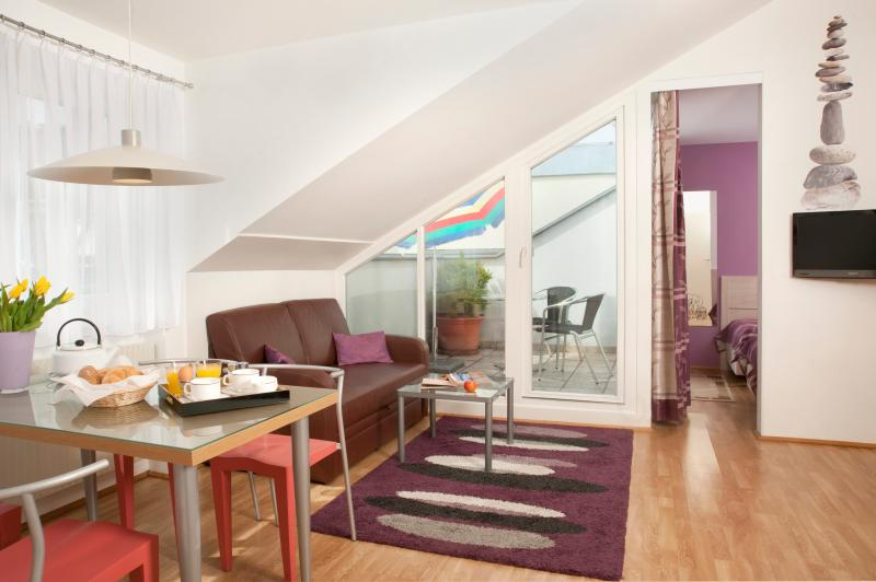 Living room  - Cozy penthouse with private terrace Ap2 - Vienna - rentals