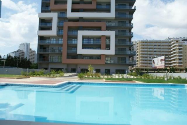 2 bedroom luxury apartment at 150 m. from beach - Image 1 - Algarve - rentals