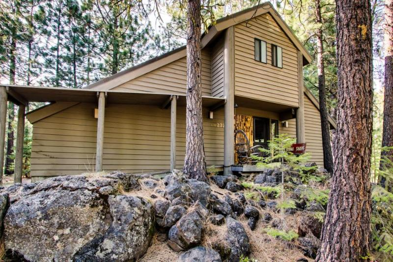 Black Butte Ranch on Signature Green - Image 1 - United States - rentals
