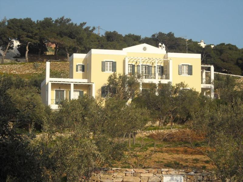 Archipelagos apartment - 68 sq.m. - 4 adults - Image 1 - Syros - rentals