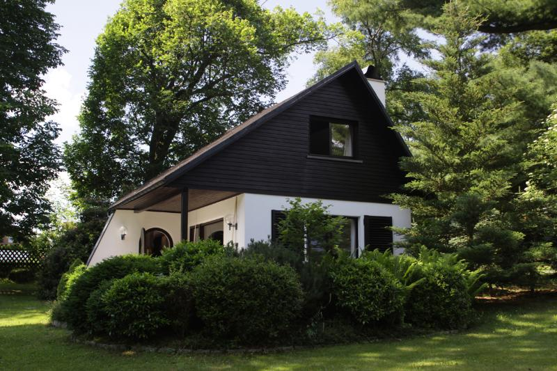 Adventure holiday in the Ore Mountains on 1,000 sqm for 4 to 6 people - Image 1 - Drebach - rentals