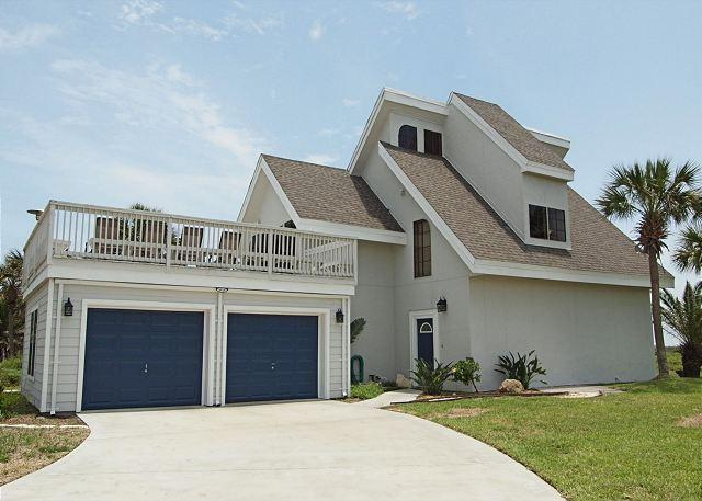 Upscale 3 bedroom 4 bath home, with a community pool! - Image 1 - Port Aransas - rentals
