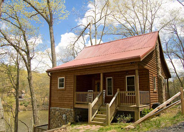 Log Cabin on Ashe Lake, Gas Fireplace, Wi-Fi, Ping Pong and More. - Image 1 - West Jefferson - rentals
