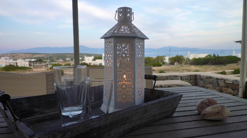 Relaxing at your private terrace - Villa Daphne - Relax next to the best Paros beach - Naoussa - rentals