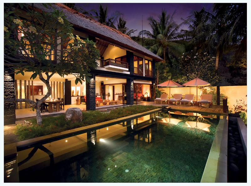 The pool by night - Qunang 2 bedroom luxury villa - Senggigi - rentals
