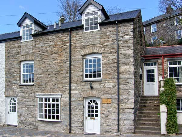 THE GRANARY, two separate living areas within or used as one house, parking, pet-friendly, in Machynlleth, Ref 16309 - Image 1 - Machynlleth - rentals