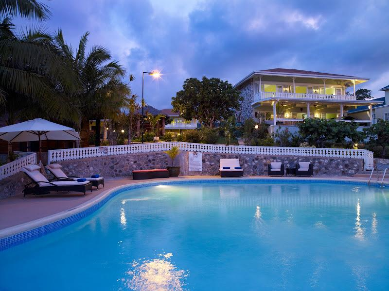 PARADISE PGC - 110467 - TRAVELLERS CHOICE | LUXURY 4 BED | PRIVATE VILLA ESTATE - ORACABESSA - Image 1 - Oracabessa - rentals