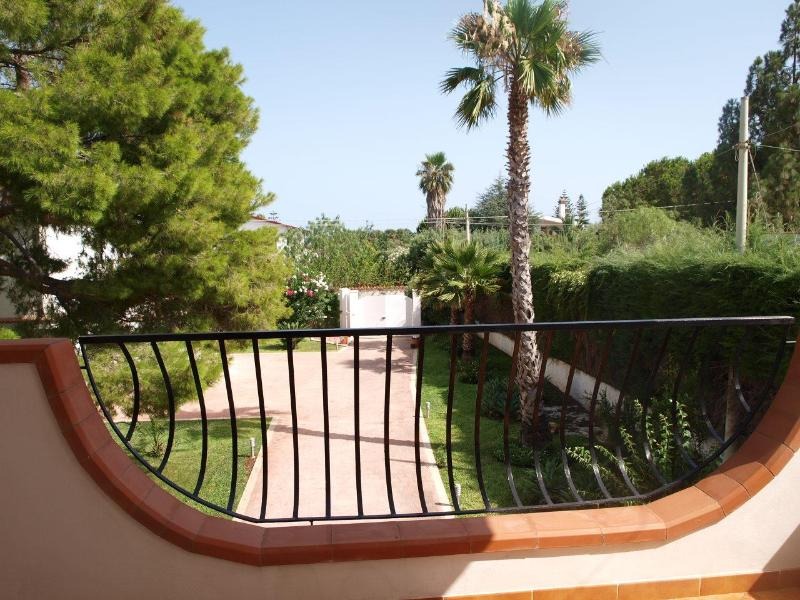 view from veranda - Lovely & cheap apartment in villa in Fontane Bianche - Syracuse - rentals