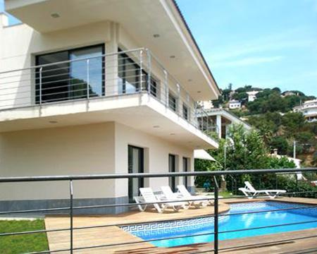 Attractive holiday house for 8 persons, with swimming pool , in Lloret de Mar - Image 1 - Lloret de Mar - rentals