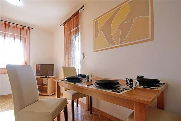 Newly built apartment for 4 persons in Barbariga - Image 1 - Vodnjan - rentals