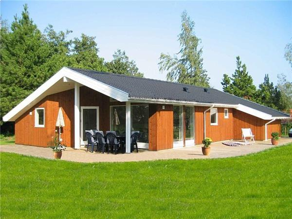 Holiday house for 8 persons near the beach in Faxe - Image 1 - Fakse Ladeplads - rentals