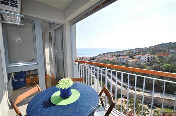 Apartment for 4 persons in Krk - Image 1 - Vrbnik - rentals