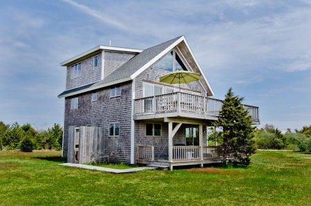 SOUTH BEACH RETREAT WITH VIEWS - KAT BOCO-74 - Image 1 - Edgartown - rentals