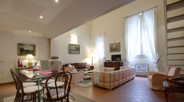 Living room - Theatre - What else?Apt in the centre of Florence - Florence - rentals