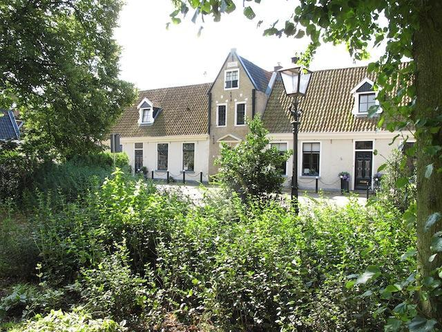 Cosy B&B in de Centre of Grou in a 400 year old building - Image 1 - Grou - rentals