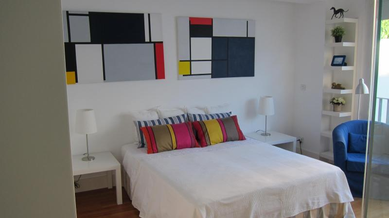 one large bed - APT MONDRIAN ancient Palace,historic center,garage - Lisbon - rentals